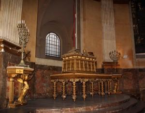L'arche d'alliance : Eglise saint Roch à Paris dans Art et la religion egl_st_roch_arche_chapelle_small-300x233