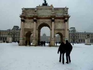 Art Street et la neige à Paris dans art contemporain un art pour DE-PENSER le-carrousel-300x225